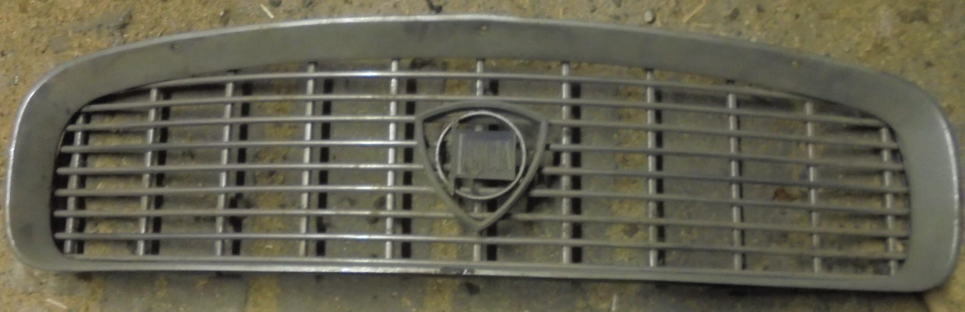 Lancia Flaminia Coupe Kühlergrill